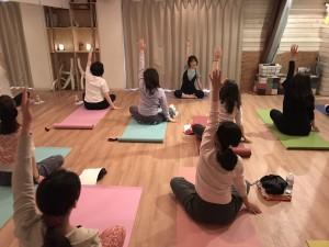 20170323-yoga1