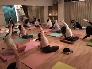 20170323-yoga2